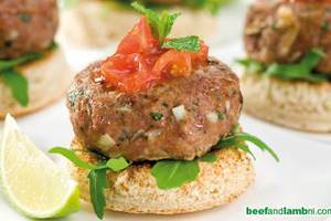 Mini lamb burgers with tomato relish and mint yoghurt